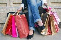 Где удобнее покупать одежду