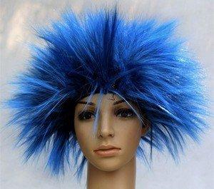 Карнавальный парик, который будет уместен только на праздниках