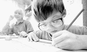 Очень часто миопия развивается у детей