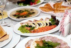 Вкусные блюда на свадебном застолье