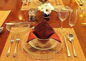 Сервируем грамотно стол тарелками