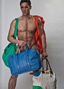 Цвет мужских сумок 2014