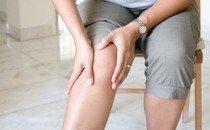 Ушиб колена: Первая помощь