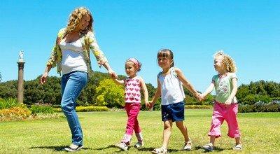 Заботливая няня для детей