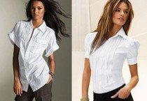Белая рубашка в гардеробе женщины