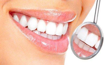 Ровная красивая улыбка - результат лечения брекет-системами