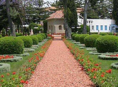 Средиземноморский стиль дорожки в саду