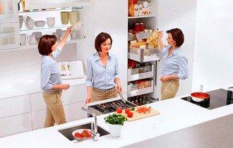 На хорошей кухне можно все успевать