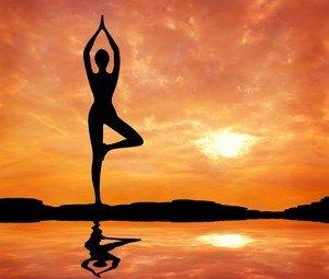 Прямая стойка в йоге