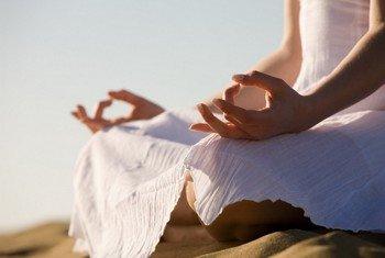 Йога помогает расслабиться и оздоровляться