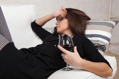Алкоголь не поможет полноценно поспать и отдохнуть