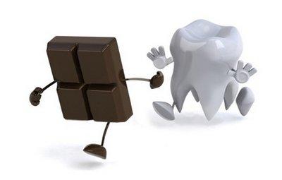 Болезни зубов от шоколада могут развиваться только при неограниченном употреблении последнего