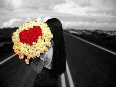 О чем говорят подаренные розы?