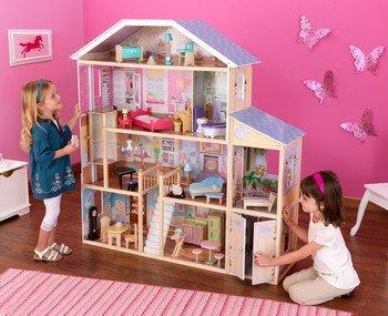 Кукольный домик - мечта каждой пятилетней девочки