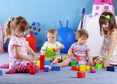 Стоит ли отдавать ребенка в детский садик?