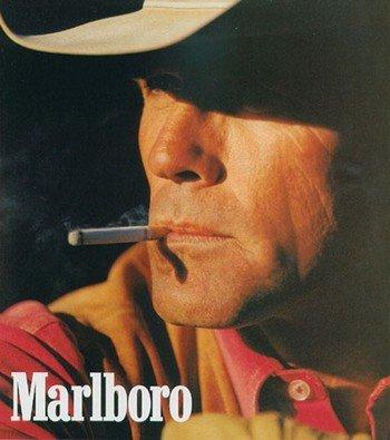 Знаменитый на весь мир «Ковбой Marlboro» умер от легочного заболевания