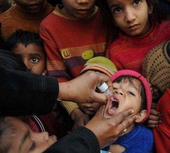 Вакцинация - единственный способ остановить полиомиелит