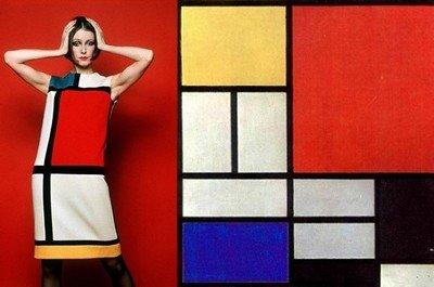 Платье от Ив-Сен Лоран по мотивам картин абстракциониста Пита Мондриана
