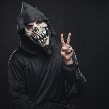 Костюм скелета - самый популярный костюм на Хэллоуин