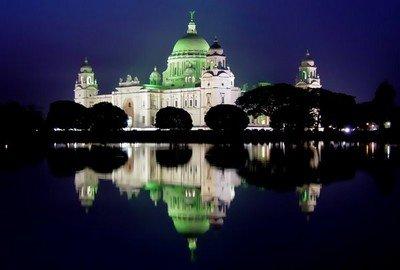 Мемориал Виктории в Калькутте в ночное время