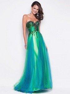Выбираем зеленое платье на Новый Год 2015