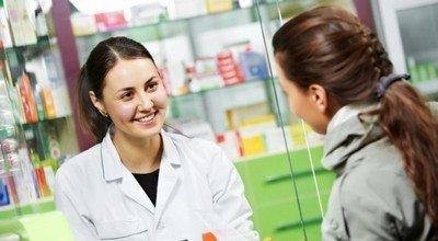 Консультация фармацевта в аптеке