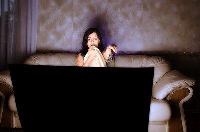 Почему женщины смотрят романтические фильмы