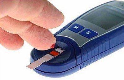 По каким признака стоит подбирать себе глюкометр?