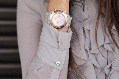 Женские часы для офиса должны быть самыми простыми