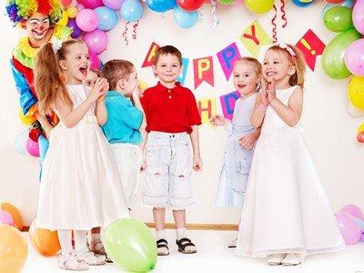 Какими развлечениями можно заняться с детьми разного возраста?