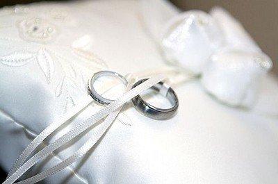 Обручальные кольца из белого золота - красота в простоте