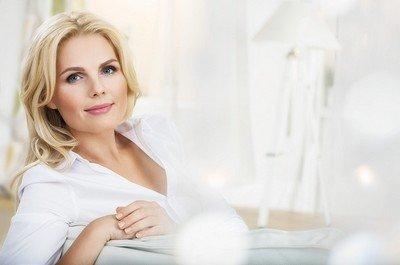 Модный в 2015 году макияж для женщин за 40