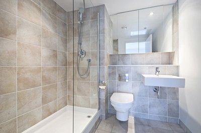 Какой выбрать интерьер для маленькой ванной