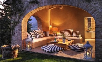 Патио в средиземноморском стиле