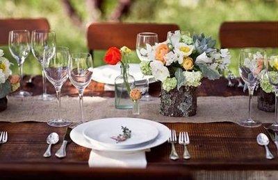 Свадебный стол в деревенском стиле
