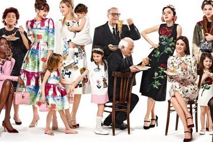 Коллекция Dolce & Gabbana - дух материнства