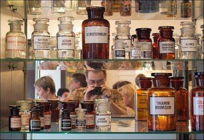 Штангласы - аптекарские склянки для хранения лекарств