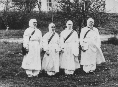 Работники санитарно-эпидемиологической станции