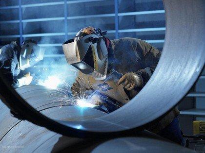 Сварочные работы без защитных очков - одна из причин электроофтальмии