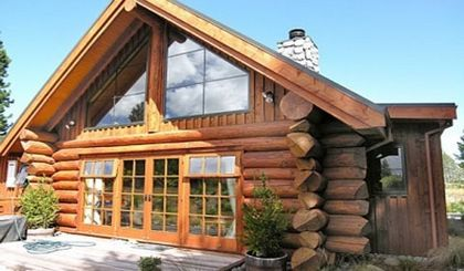 Деревянные дома из бревна ручной рубки