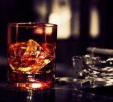 Пьем правильно ром и виски