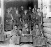 Монахи-ламаисты - адепты ламской медицины