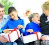 Что подарить мальчику-школьнику на 23 февраля